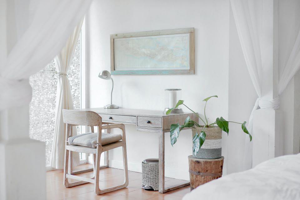 nowoczesne aranzacje salonu lampami stojacymi